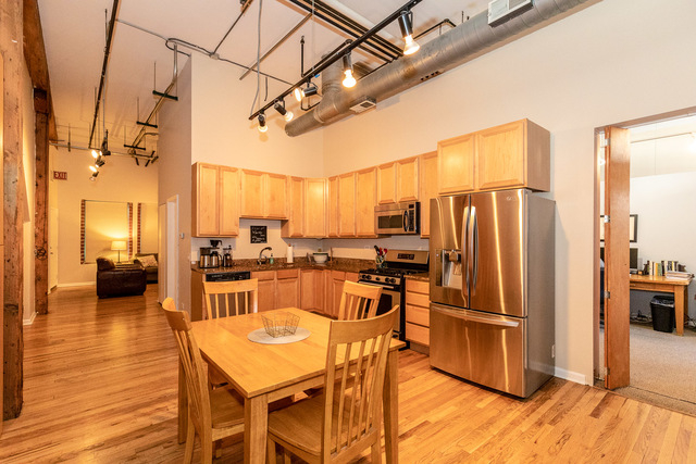 2 Bedrooms, Near West Side Rental in Chicago, IL for $3,500 - Photo 2