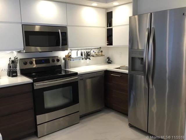 2 Bedrooms, Oceanfront Rental in Miami, FL for $2,950 - Photo 1