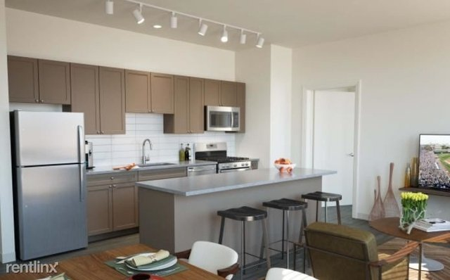 3 Bedrooms, Goose Island Rental in Chicago, IL for $2,845 - Photo 2