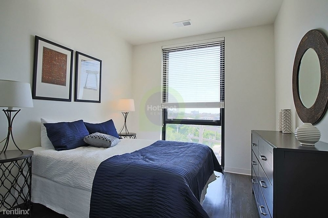 3 Bedrooms, Goose Island Rental in Chicago, IL for $2,845 - Photo 1