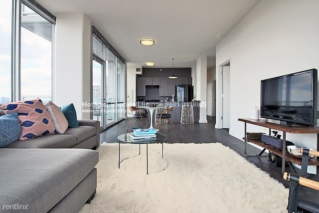 2 Bedrooms, St. Charles Rental in Chicago, IL for $3,230 - Photo 2
