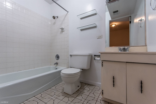 3 Bedrooms, Lakeview Rental in Chicago, IL for $2,995 - Photo 1