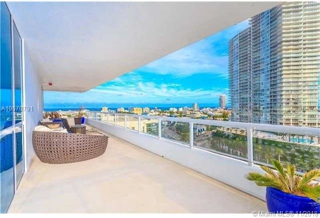 2 Bedrooms, Fleetwood Rental in Miami, FL for $3,600 - Photo 2