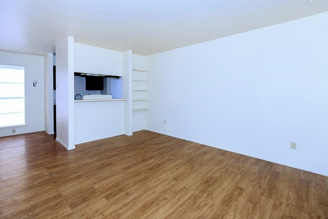 2 Bedrooms, Redbird Rental in Dallas for $940 - Photo 1