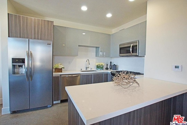 2 Bedrooms, Downtown Pasadena Rental in Los Angeles, CA for $3,295 - Photo 1