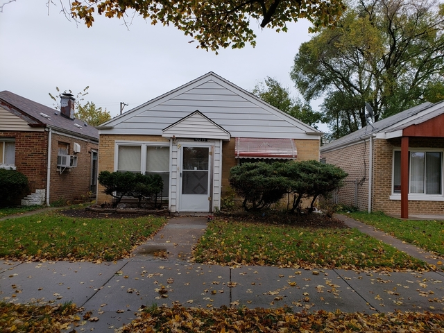 4 Bedrooms, South Deering Rental in Chicago, IL for $1,350 - Photo 2