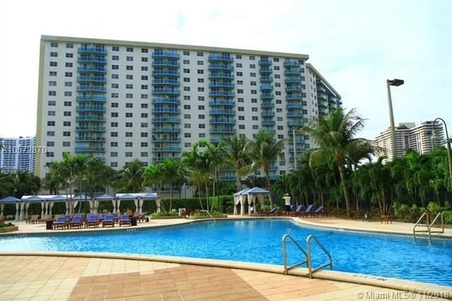 1 Bedroom, Golden Shores Ocean Boulevard Estates Rental in Miami, FL for $2,800 - Photo 2