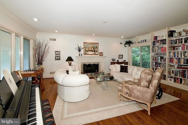 4 Bedrooms, Foxhall Crescent Rental in Washington, DC for $7,200 - Photo 2