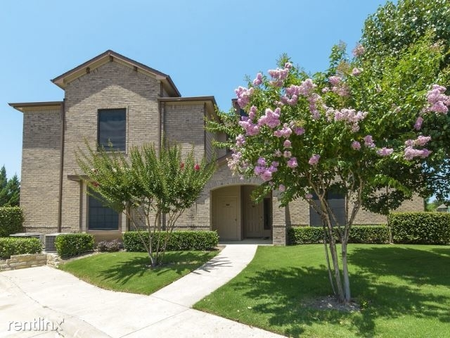 2 Bedrooms, McKinney Rental in Dallas for $1,699 - Photo 1
