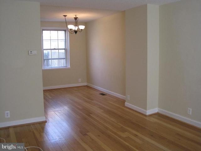 2 Bedrooms, Fairlington - Shirlington Rental in Washington, DC for $2,295 - Photo 2