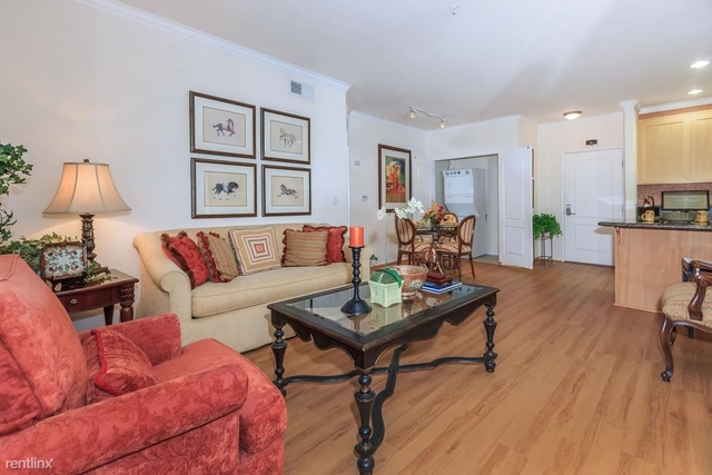 Room, Civic Center Rental in Los Angeles, CA for $800 - Photo 1