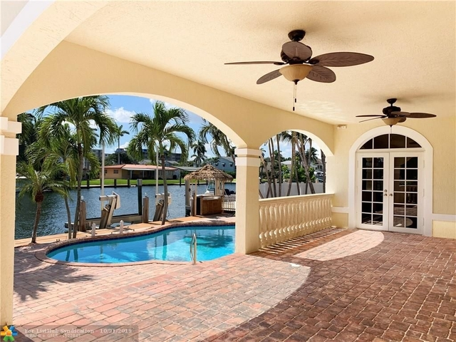 6 Bedrooms, Lauderdale Harbours Rental in Miami, FL for $18,000 - Photo 1