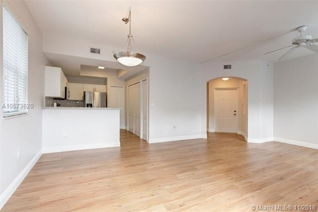 2 Bedrooms, Century Park Rental in Miami, FL for $2,150 - Photo 1