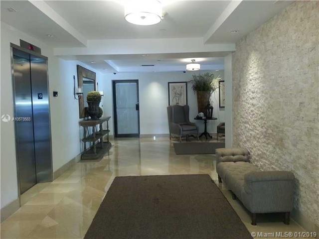 2 Bedrooms, Village of Key Biscayne Rental in Miami, FL for $3,050 - Photo 2