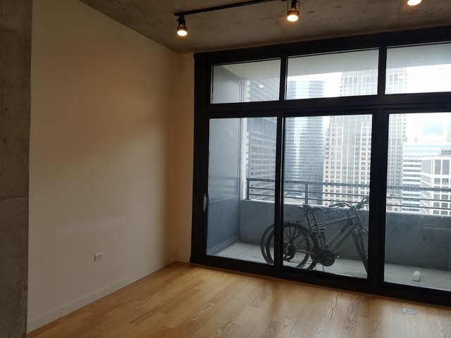 1 Bedroom, Near West Side Rental in Chicago, IL for $1,600 - Photo 2
