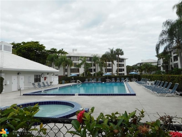 2 Bedrooms, Whitehall of Pine Island Rental in Miami, FL for $1,700 - Photo 2