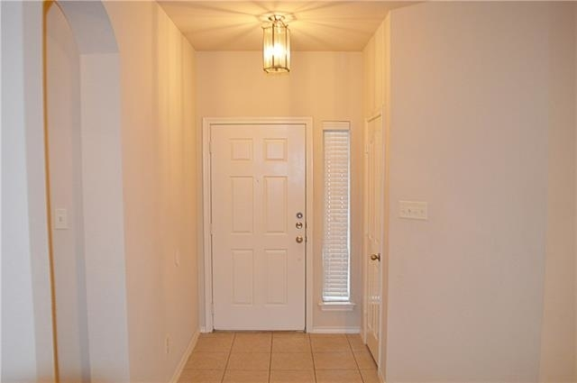 3 Bedrooms, The Crossing at Ruidosa Rental in Dallas for $1,550 - Photo 2