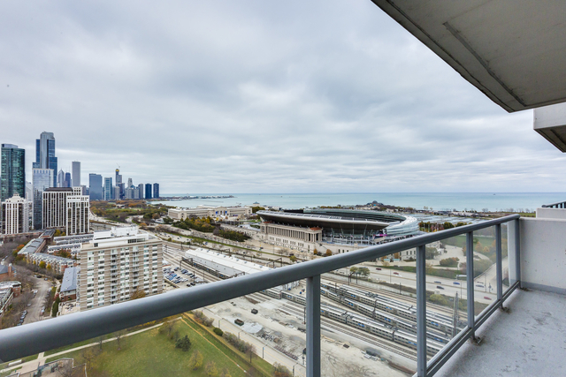2 Bedrooms, South Loop Rental in Chicago, IL for $3,400 - Photo 2