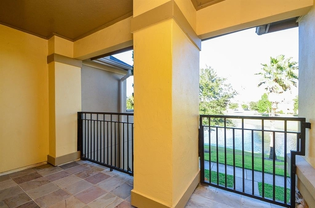 3 Bedrooms, Lakes of Parkway Rental in Houston for $3,150 - Photo 2