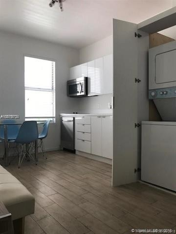 2 Bedrooms, Flamingo - Lummus Rental in Miami, FL for $2,000 - Photo 2