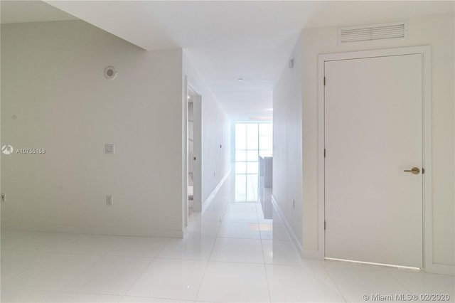 3 Bedrooms, Park West Rental in Miami, FL for $5,600 - Photo 2