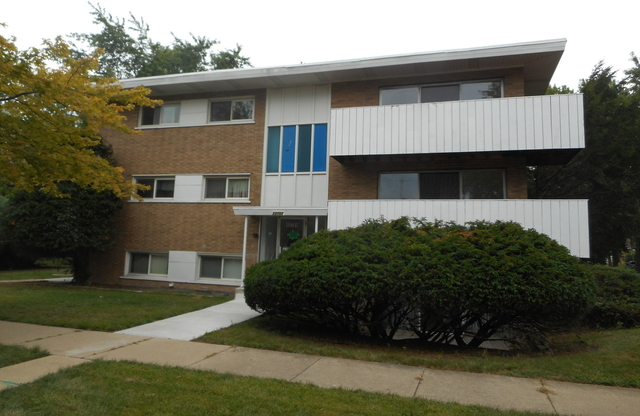 2 Bedrooms, Riverdale Rental in Chicago, IL for $900 - Photo 1