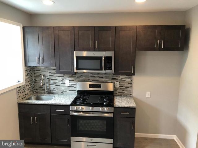 3 Bedrooms, Grays Ferry Rental in Philadelphia, PA for $1,300 - Photo 2