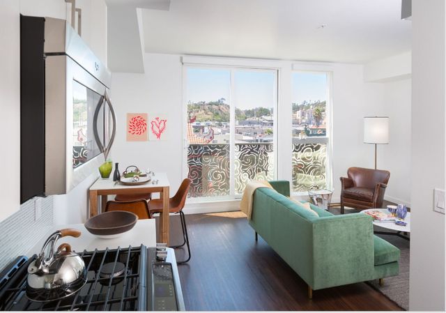 2 Bedrooms, Chinatown Rental in Los Angeles, CA for $2,920 - Photo 2