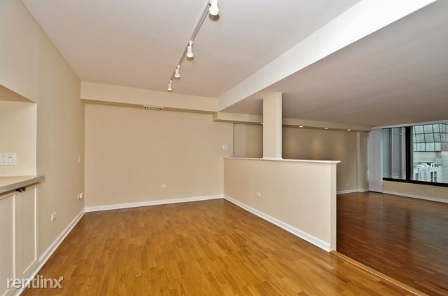 3 Bedrooms, Gold Coast Rental in Chicago, IL for $3,600 - Photo 1