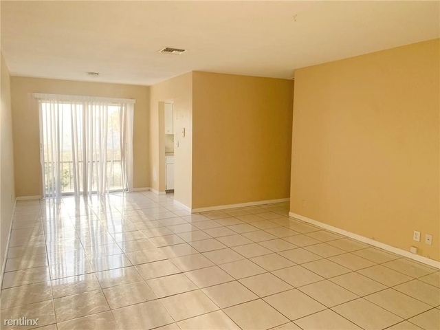 2 Bedrooms, Country Club Rental in Miami, FL for $1,275 - Photo 1