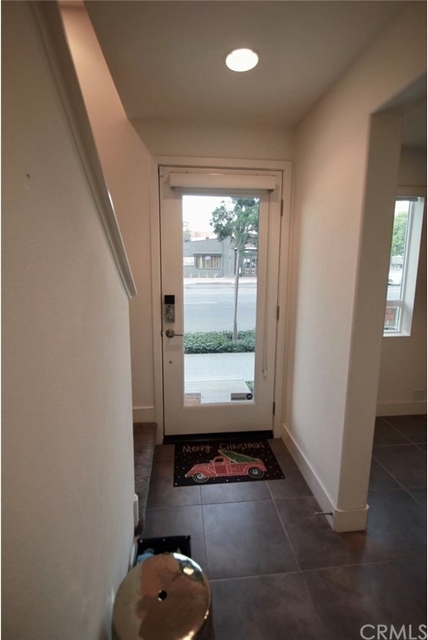 2 Bedrooms, Mid-City West Rental in Los Angeles, CA for $4,150 - Photo 2