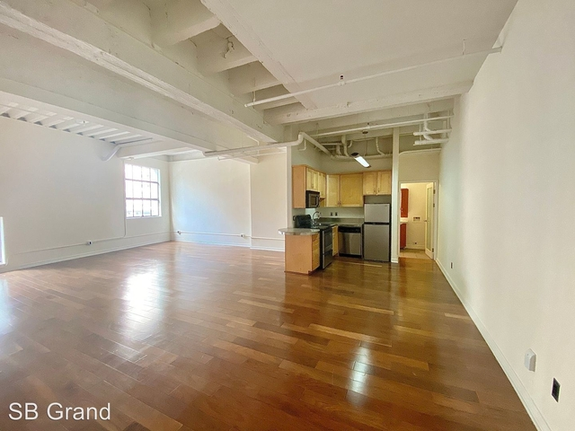 3 Bedrooms, Jewelry District Rental in Los Angeles, CA for $4,100 - Photo 2