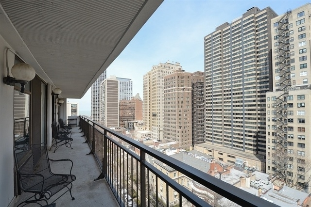 3 Bedrooms, Gold Coast Rental in Chicago, IL for $4,000 - Photo 2