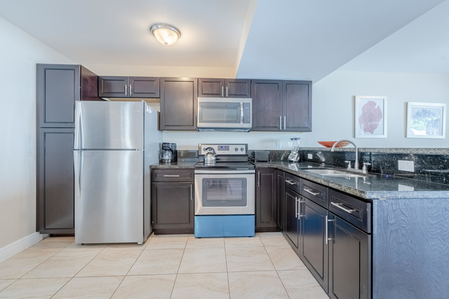 2 Bedrooms, Town Park Village Rental in Miami, FL for $1,450 - Photo 1