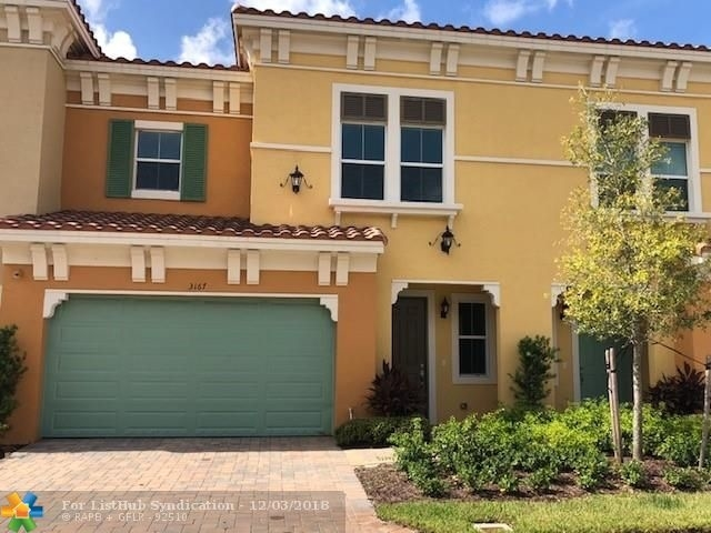 3 Bedrooms, Sawgrass Lakes Rental in Miami, FL for $3,000 - Photo 1