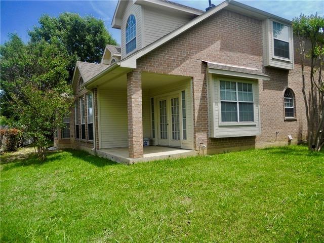 4 Bedrooms, Club Creek Rental in Dallas for $2,150 - Photo 2