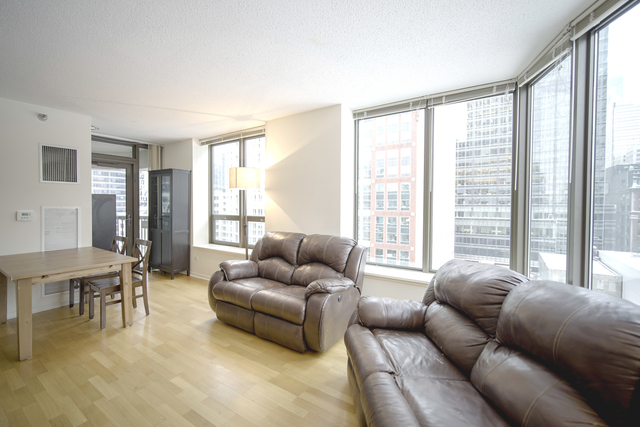 2 Bedrooms, Roseland Rental in Chicago, IL for $3,525 - Photo 2