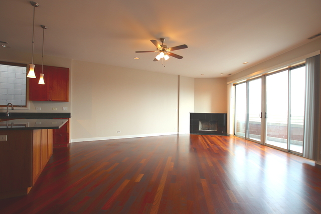 2 Bedrooms, Bucktown Rental in Chicago, IL for $2,700 - Photo 2