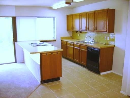 3 Bedrooms, Highland Meadows Rental in Dallas for $1,495 - Photo 2
