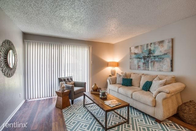 1 Bedroom, Red Bird Mall Rental in Dallas for $800 - Photo 2
