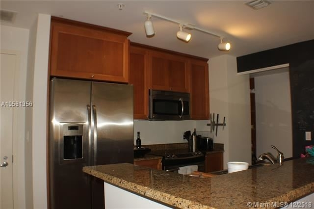 2 Bedrooms, Coral Gables Section Rental in Miami, FL for $3,100 - Photo 2