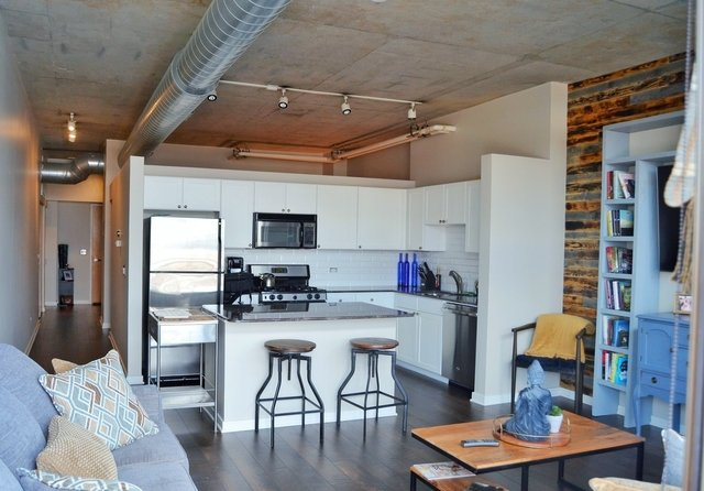 1 Bedroom, Goose Island Rental in Chicago, IL for $1,975 - Photo 2