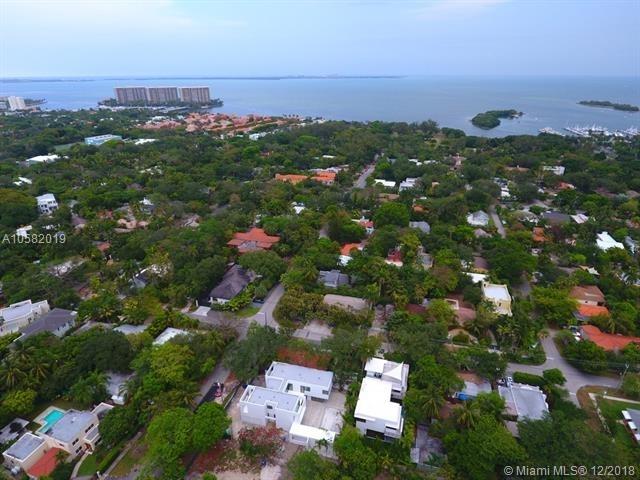 2 Bedrooms, Ocean View Heights Rental in Miami, FL for $4,000 - Photo 2