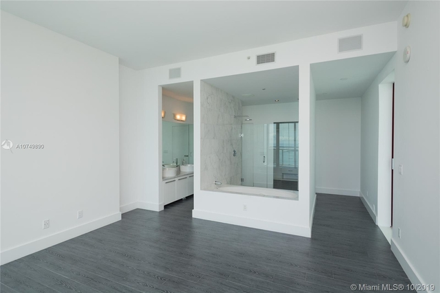 4 Bedrooms, Park West Rental in Miami, FL for $16,900 - Photo 2