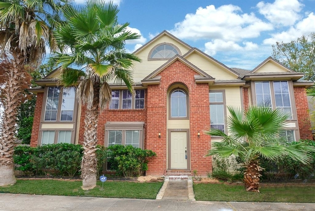 3 Bedrooms, Stonehenge South Rental in Houston for $2,000 - Photo 1