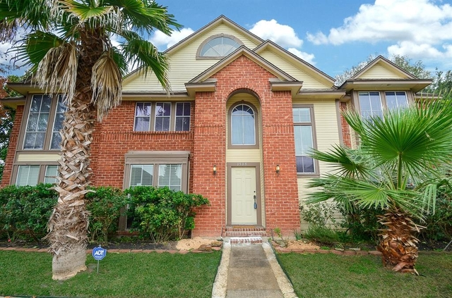3 Bedrooms, Stonehenge South Rental in Houston for $2,000 - Photo 2