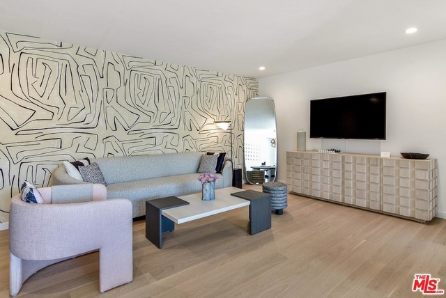2 Bedrooms, Mid-City West Rental in Los Angeles, CA for $8,320 - Photo 2