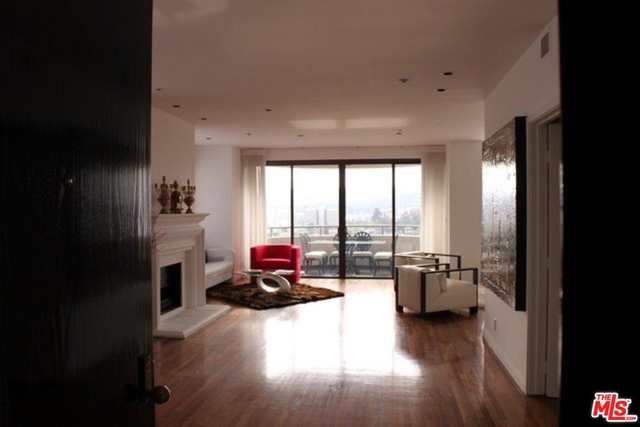 2 Bedrooms, Westwood Rental in Los Angeles, CA for $5,950 - Photo 1