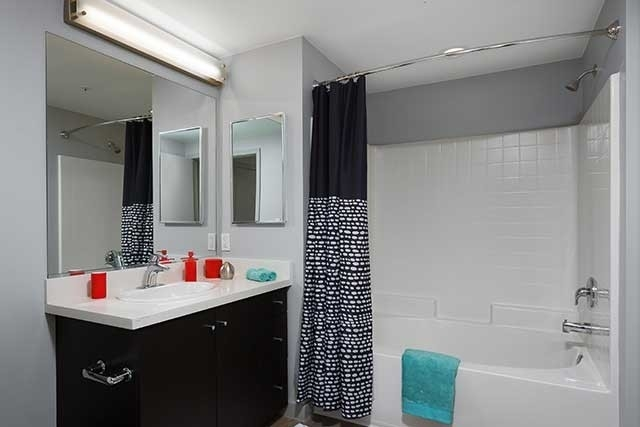 1 Bedroom, Little Tokyo Rental in Los Angeles, CA for $2,385 - Photo 2