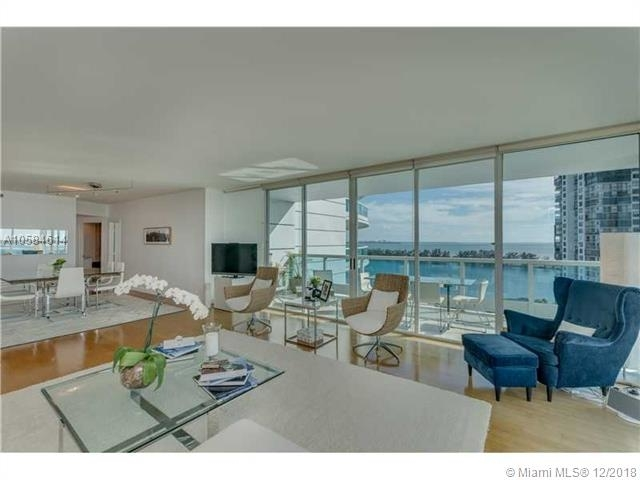 2 Bedrooms, Brickell Rental in Miami, FL for $4,500 - Photo 2